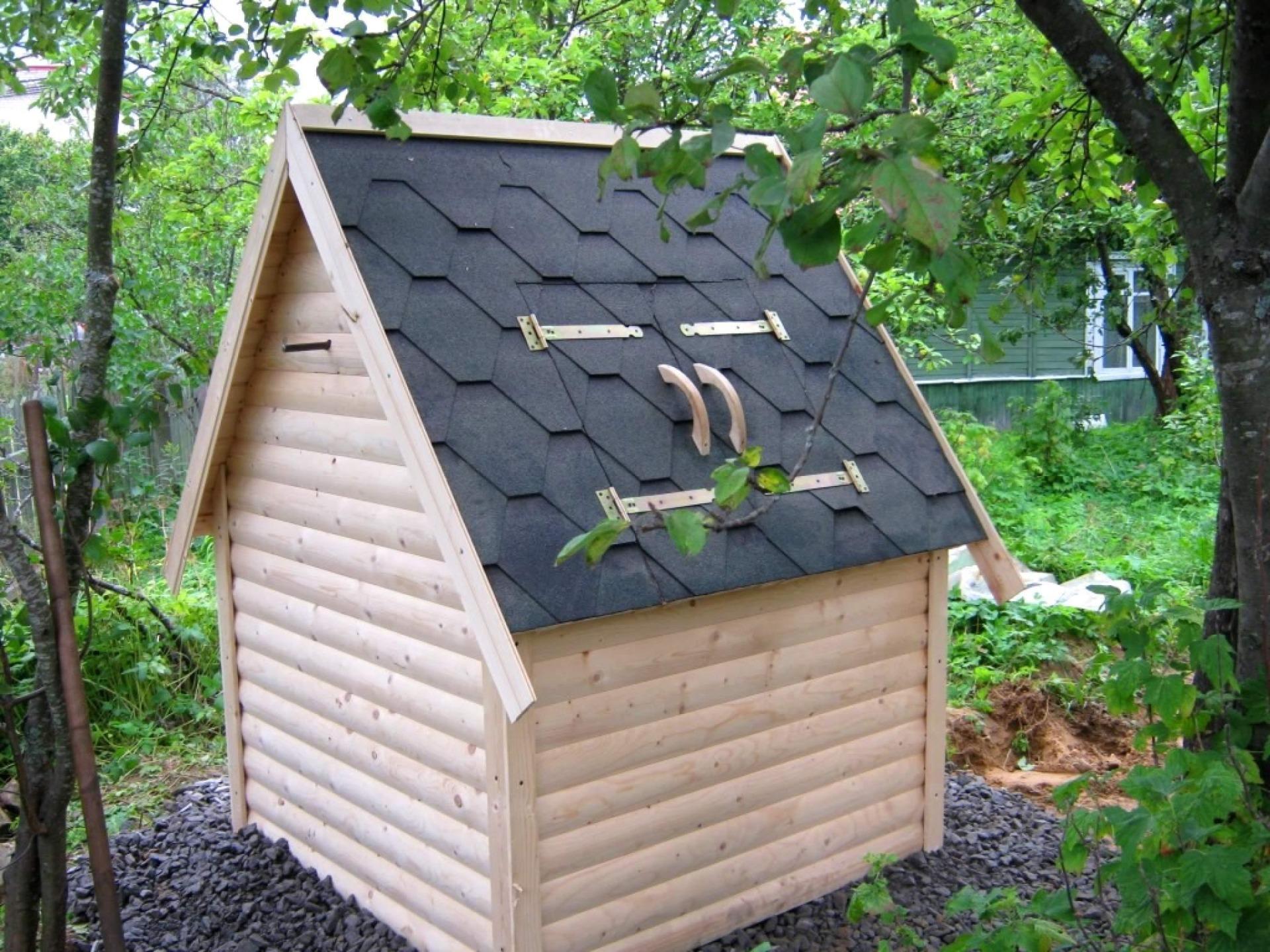 осветили, домик для скважины на даче фото больше